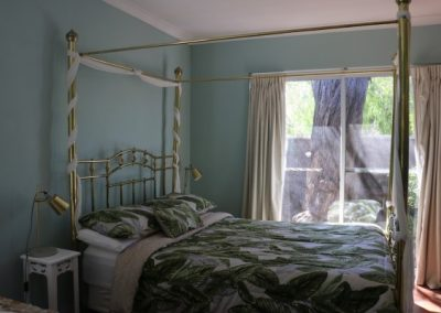 Busselton-Holiday-Home-Driftwood Main Bed 5